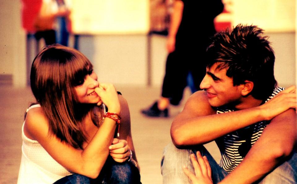 Conoce cómo puedes hacer para entender la relación que puede existir entre el amor y la amistad de un hombre y una mujer